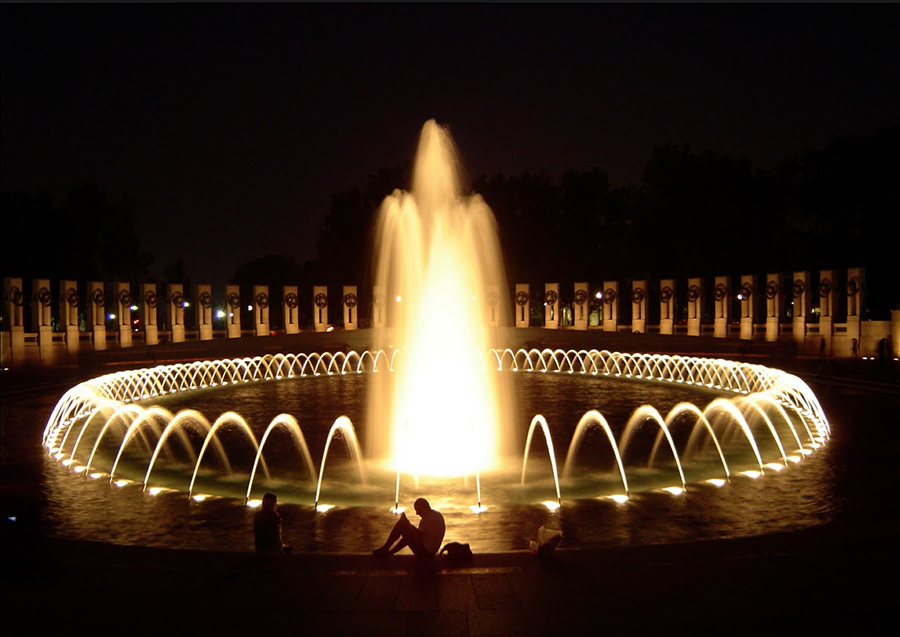 World War II Memorial, Washington, DC • photo: http://image-processing-is-fun.blogspot.com