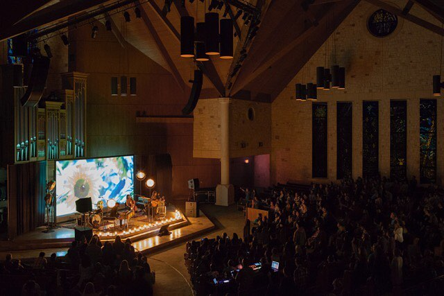 What a beautiful night of worship we had in the sanctuary with @allsanddmusic and @sandramccracken last night!