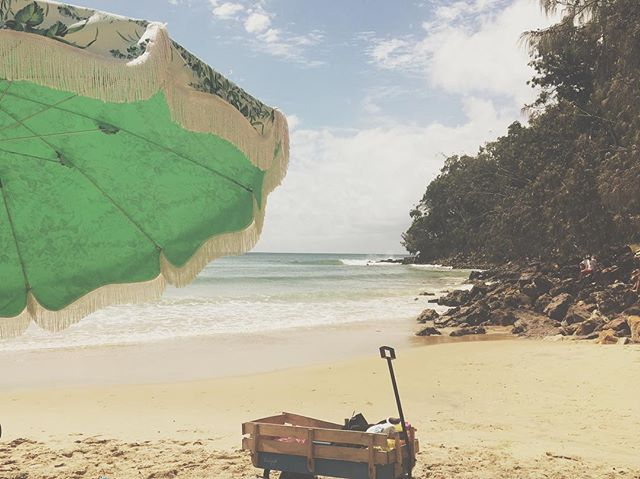 What weekends are made of. #beachumbrella #chasethesun #vintage #umbrella #beachessentials