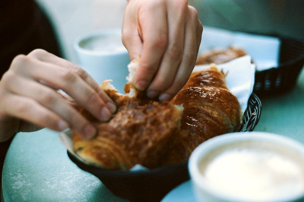 ParisCroissant.png