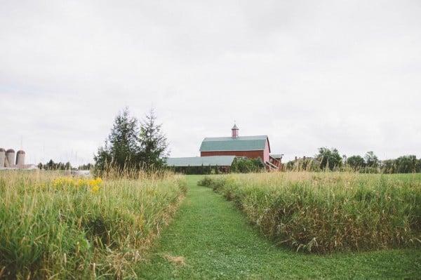Sweet-Rustic-Wedding-Fields-West-Lake-Nikki-Mills-1-of-32-600x399.jpg