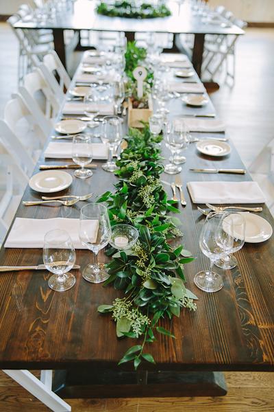 earth-to-table-barn-hamilton-wedding-095.jpg