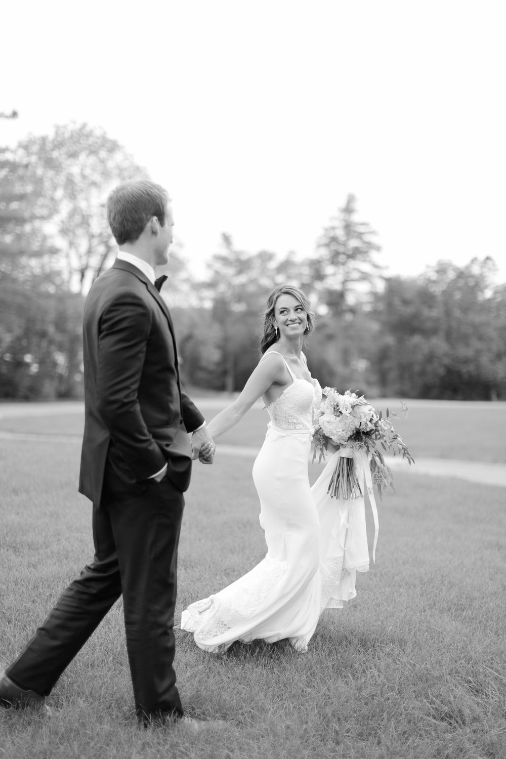 best-toronto-wedding-photographer-langdon-hall-eagles-nest-richelle-hunter-paris-france-olivia-mark-776.jpg