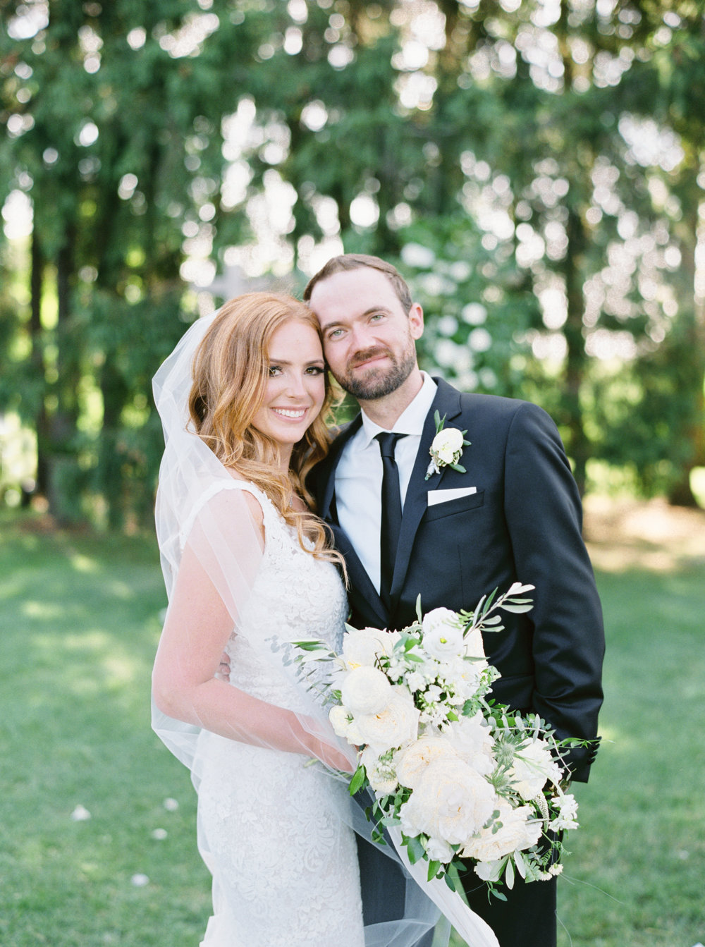 cambium-farms-kurtz-wedding-toronto-photographer-langdon-film-richelle-hunter-cori-joey-previews-19.jpg