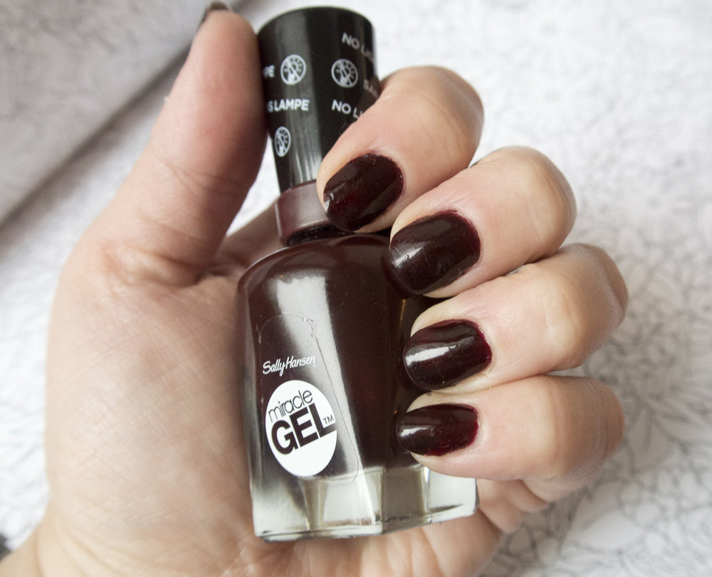 Sally Hansen Miracle Gel in Wine Stock - Bottle Shot!