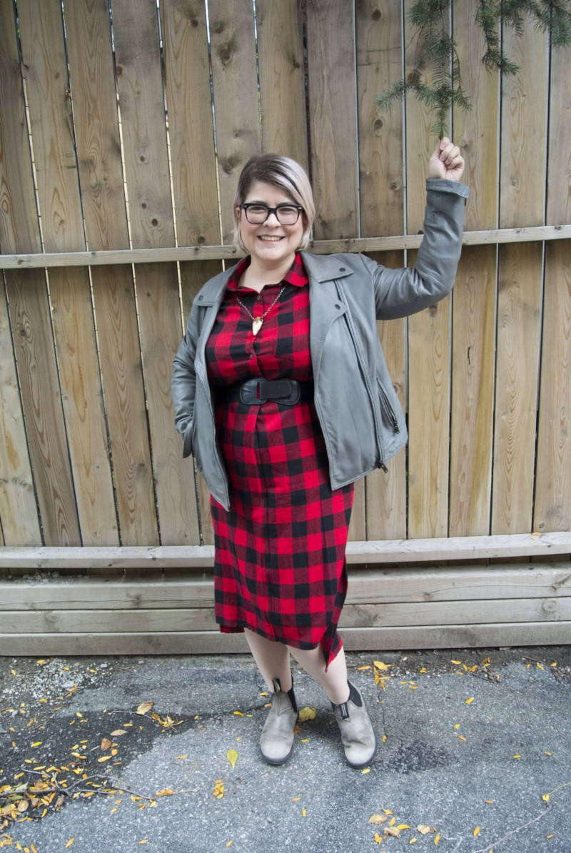 Simons-Checkered-Shirtdress-Tree-Outtake.jpg