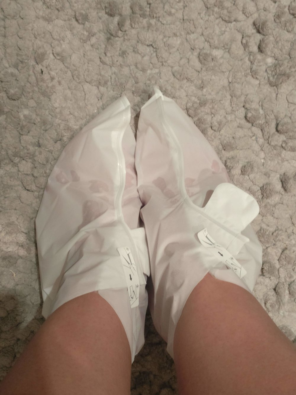 Life-Brand-Exfoliating-Foot-Mask-Booties