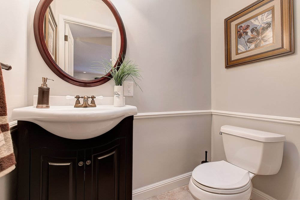 1301_harrison_ave_MLS_HID1099333_ROOMbathroom1.jpg