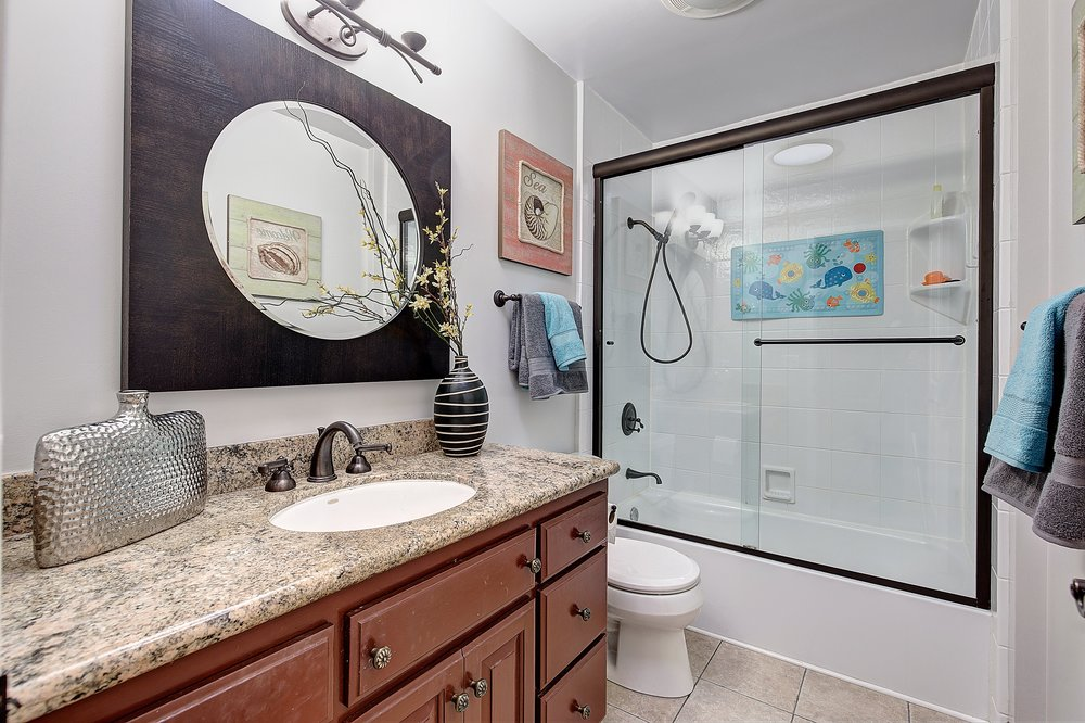 1301_harrison_ave_MLS_HID1099333_ROOMbathroom2.jpg