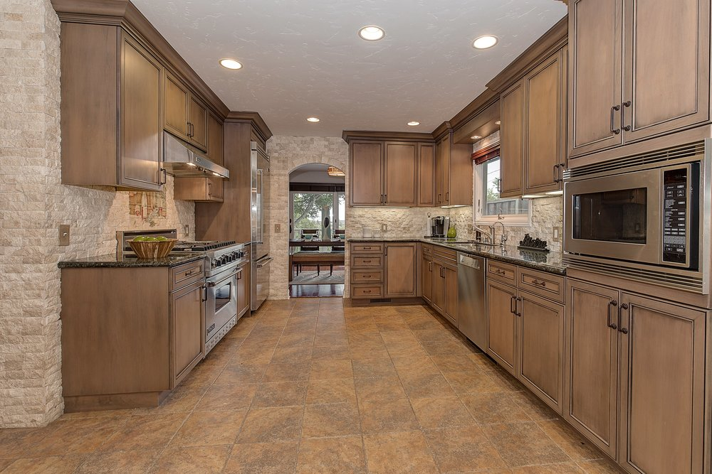 1301_harrison_ave_MLS_HID1099333_ROOMkitchen1.jpg
