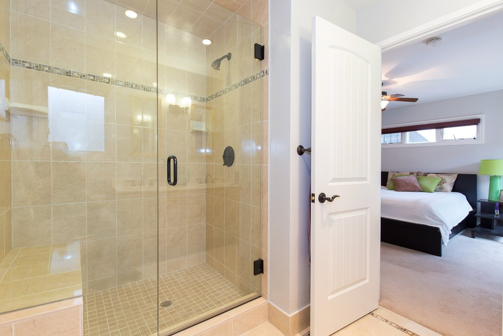 1301_harrison_ave_MLS_HID1099333_ROOMmasterbathroom2.jpg