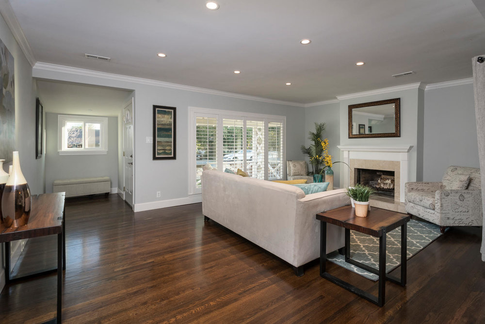 460 King St Redwood City CA-large-006-5-Living Room-1500x1000-72dpi.jpg