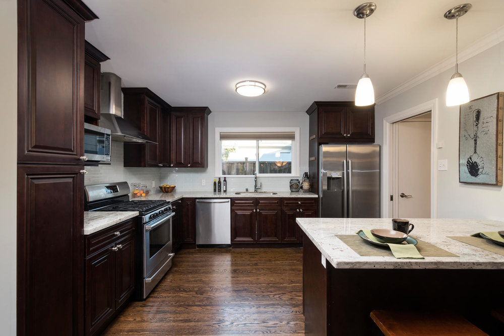 460 King St Redwood City CA-large-013-4-Kitchen-1500x1000-72dpi.jpg