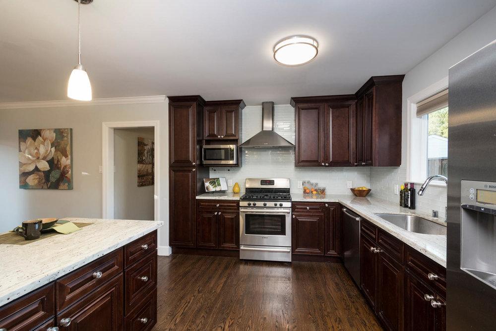 460 King St Redwood City CA-large-014-7-Kitchen-1500x1000-72dpi.jpg