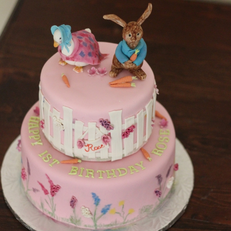 Beatrix Potter Theme Cake