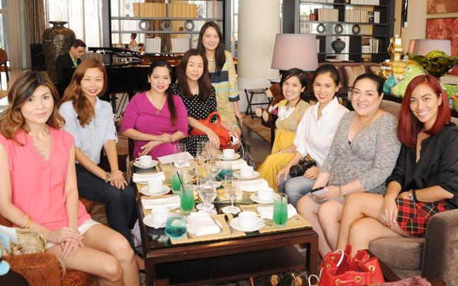 (L-R) Dior Co, Kira Ramirez, Shen Gee-Cala-Or, Sophie Uy, Rica de Jesus, myself, Valerie Tan, Sabs Hernandez and Jackie Go