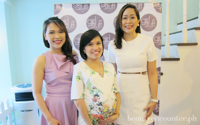 With the event's host and one of the blogger collaborators Nikki Tiu of AskMeWhats (left) and Girl Stuff founder Janina Gutierrez-Tan (right)