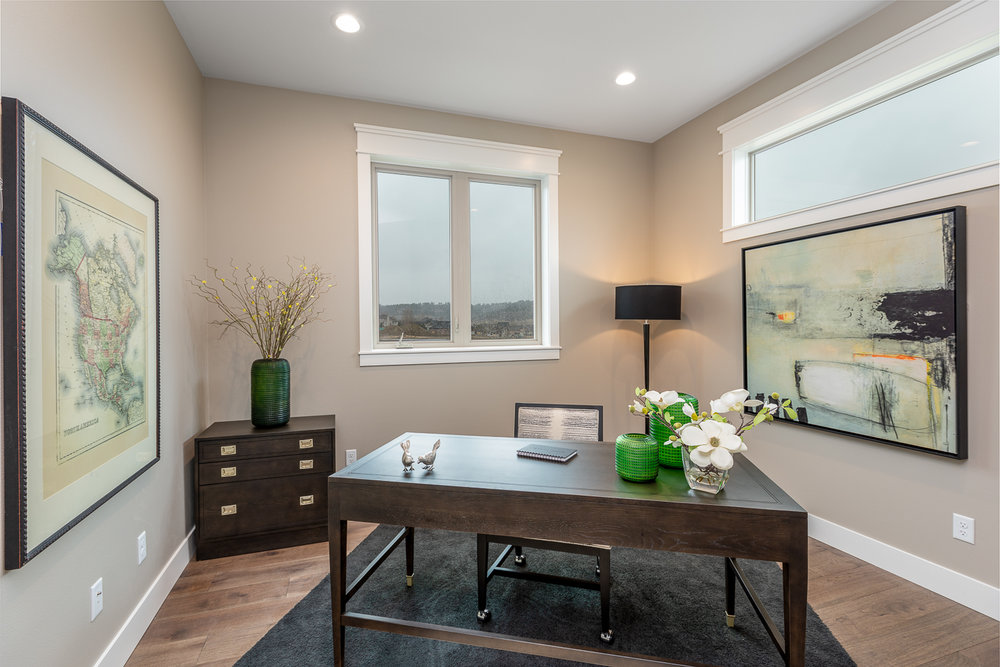 St Jude Home Staged Home-5.jpg