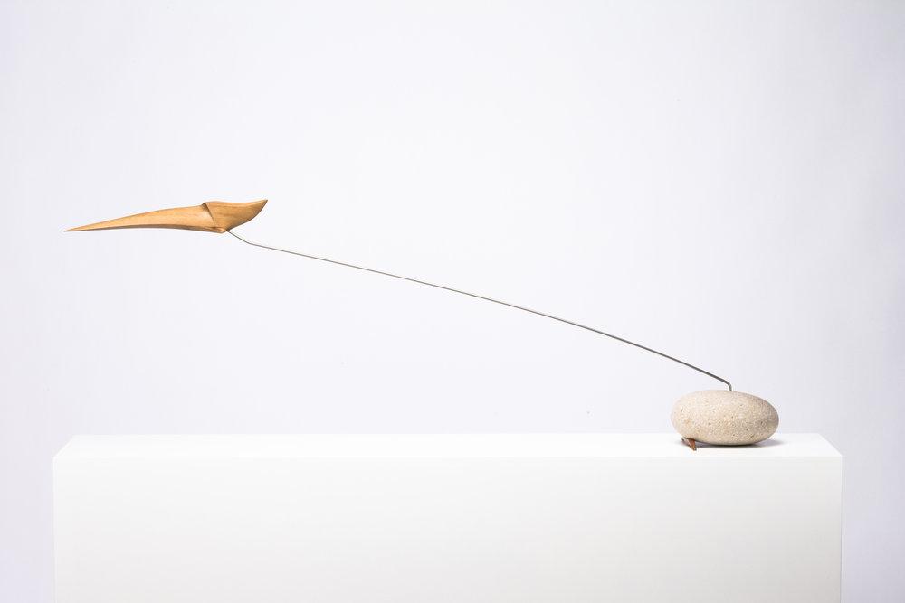 Escultura estática de madera de cedro, creada por Antoni Yranzo en el año 2005 en su estudio-taller de Barcelona.