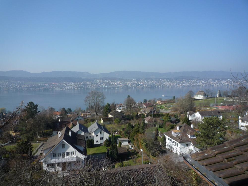 Haus mit Seesicht, Erlenbach erfolgreich verkauft Preiserwartung übertroffen