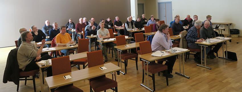 Rettighetshaverne slutter opp om årsmøteti Snøhetta villreinområde. Møtet i går ble holdt på Dombås Hotell. Foto: Arne Nyaas