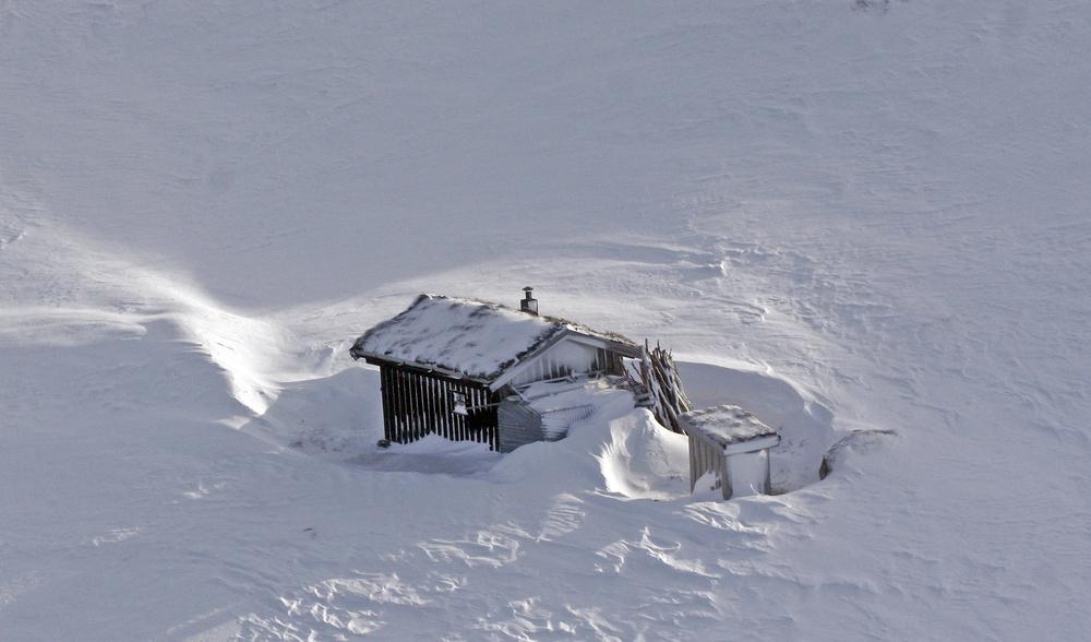 I dag, 22. desember 2015, er det vintersolverv. Fra nå av blir dagene stadig lengre og lysere. Foto: Arne Nyaas
