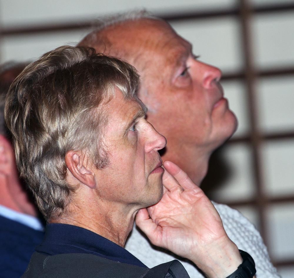 Erik Lund, seniorrådgiver i Miljødirektoratet (t.v.) sammen med Olav Strand, seniorforsker i Norsk institutt for naturforskning (NINA). Foto: A. Nyaas