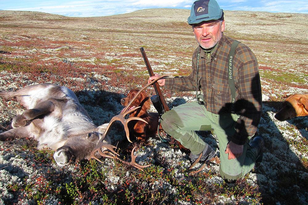 """Fred Ivar Aasand (57) er tilsatt som ny redaktør for årboka """"Villreinen"""". Foto: Privat"""