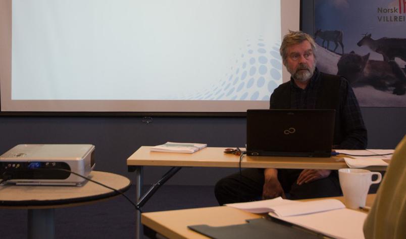 Tor Punsvik var ein av foredragshaldarane under møtet på Skinnarbu før påske. Foto: Kjell Bitustøyl
