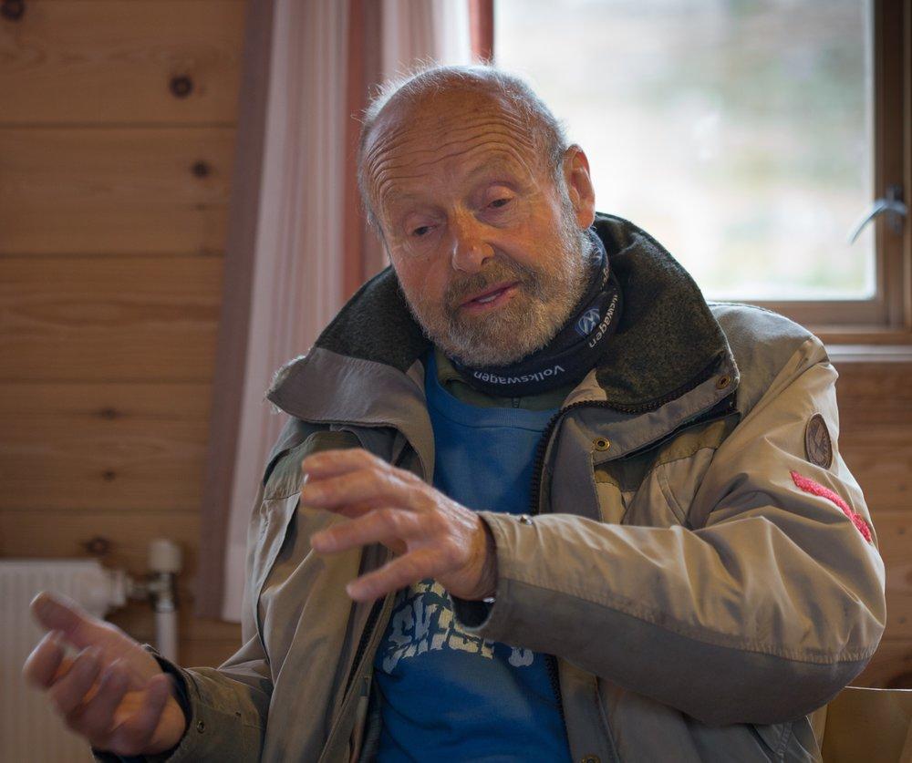 Alf Waaler, tidlegare jeger og fjelloppsynsmann, deltok på Langfjellaseminaret. Han fortalde om eit langt liv i fjellet til alle årstider.