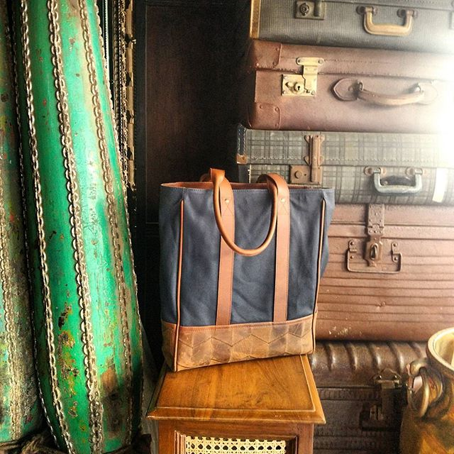 Sitting amongst some ancient #indian #luggage #accessories, our lovely #navy #tote from #trmtab x @skinnyvin