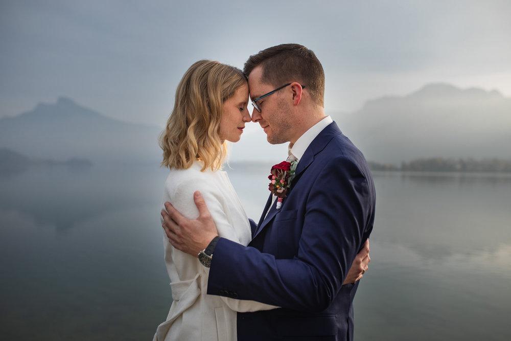 Brautpaar Mondsee Hochzeit See Berge