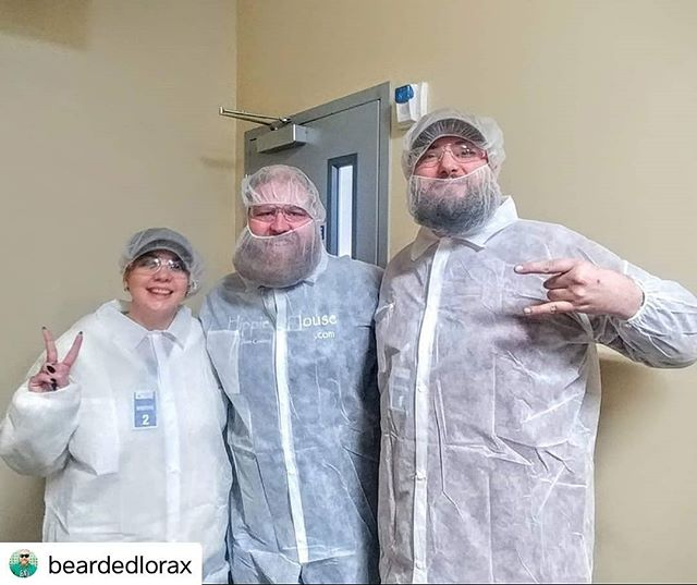 #Repost @beardedlorax • • • • • Visited an FDA approved lab and clean room yesterday with @hi_tunes_official and @flowergirlqueens as they are building their CBD brands for national release! Big things coming from great people 🔥 #cbd #cannabis #magazine #fda #cleanroom #beardnet #pnwstoner #educate #enlighten #leafnation #leaflife #community #products @nwleaf