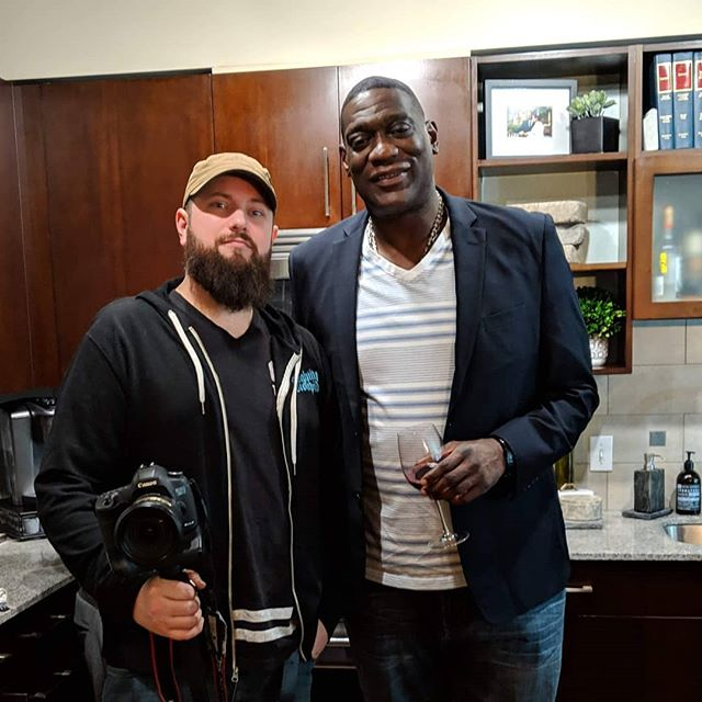 Always a good time working with Shawn Kemp.  Today was taking the headshots for his new CBD brand Kemps Hemp. #ShawnKemp #hitunes #cbd #sonics #seattlesonics #seattlesupersonics #bringthesonicsback