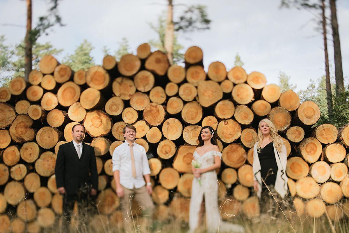 Gruppbilder i skogen