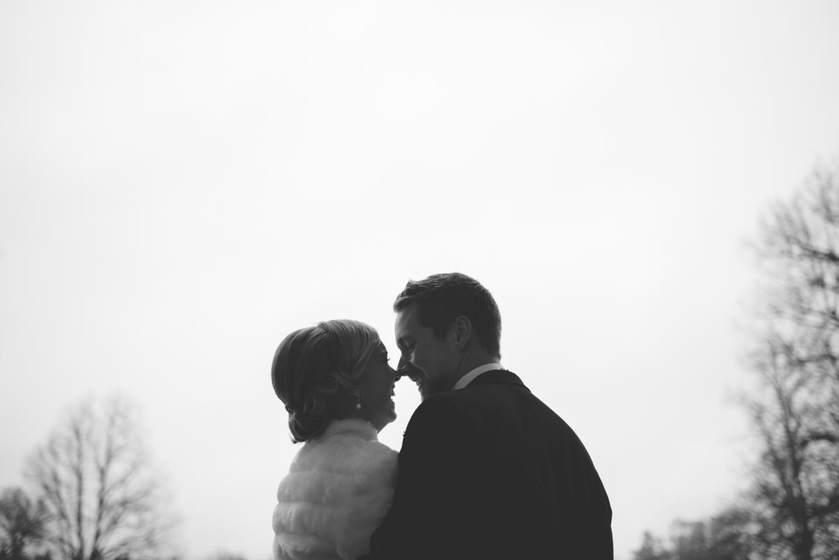 Paret utanför slottet