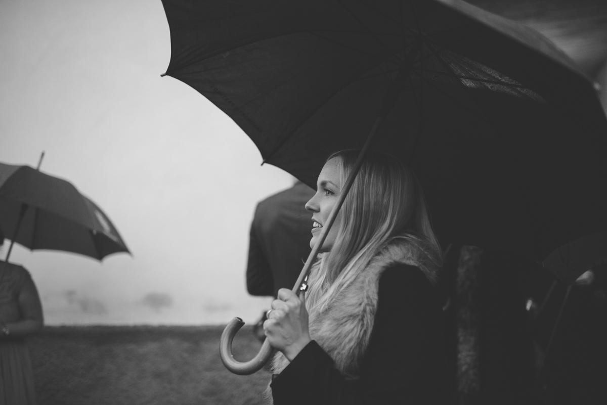 Gäst med paraply