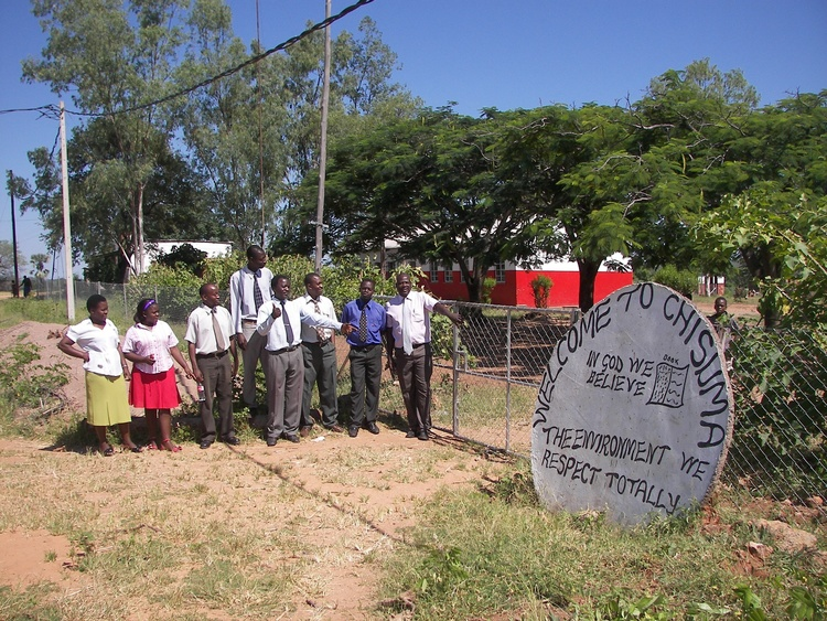 New school fence built at Chisuma near Victoria Falls.  The students will now be able to develop a garden within the fenced area.
