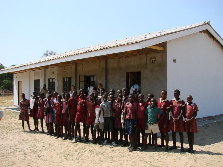 Students in front of their new building at Ziga Junior School before completion.