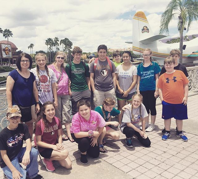 A harder working group? There is none. Ending our week with a relaxing, rewarding, and deserving day of fun! #seekservego #orlandomissions2016 #fusionfamily