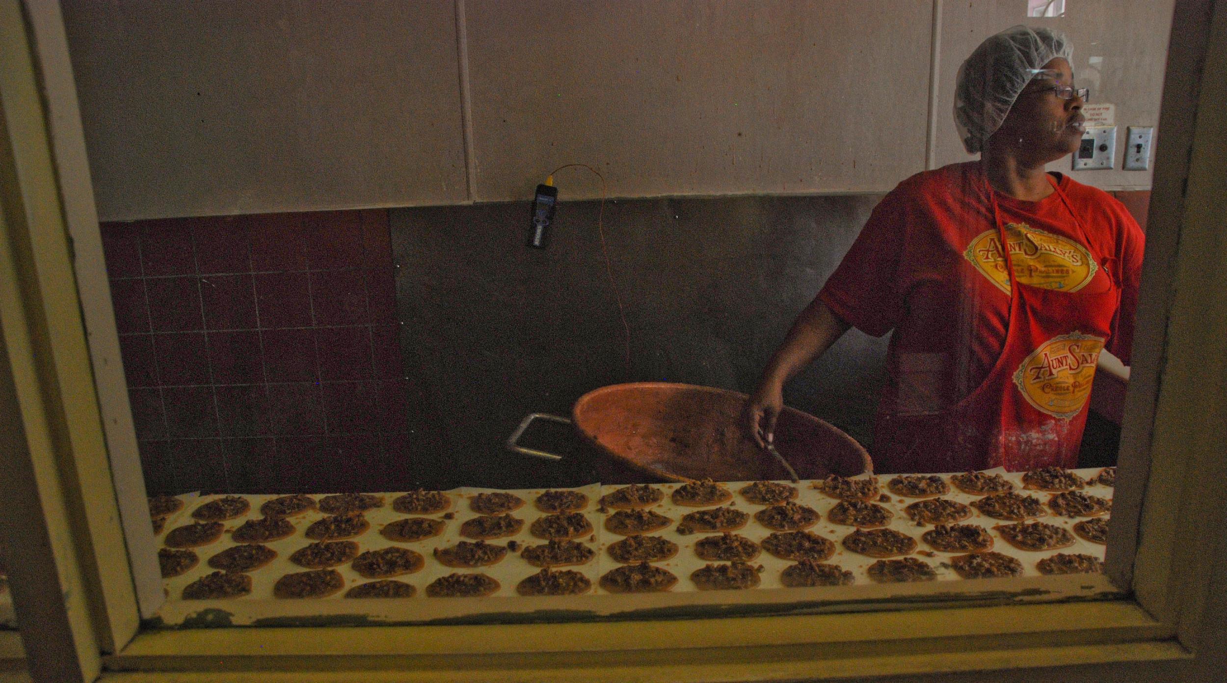 praline baker