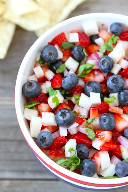 blueberry-strawberry-jicima-salsa.jpg