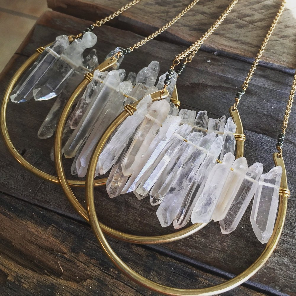 crystal-dreamer-quartze-necklace1.jpg