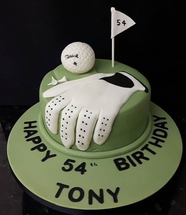 Golf Birthday Cake #golf #birthdaycakes #golfglove #golfball #celebrationcakes #peartreecakessolihull #peartreecakeco #thepeartreecakecompanysolihull #solihullcelebrationcakes #solihullbakers #cakesbypeartreecakeco #pgatour #golfers #titlist