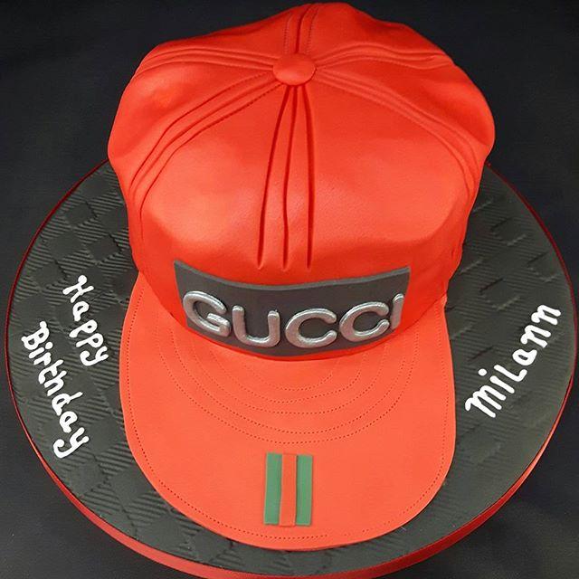 Gucci Cap Cake #gucci #redcap #birthdaycakes #caps #designercaps #peartreecakessolihull #peartreecakeco #solihullbakers #solihullcakemakers #cakemakershirley