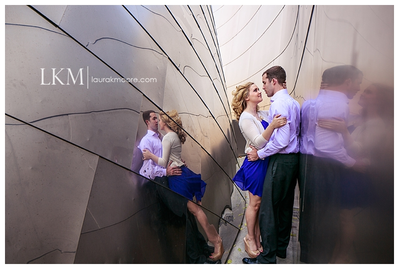 Downtown-Los-Angelas-Engagement-Session-Walt-Disney-Concert-Hall-Laura-K-Moore-Photography_0007