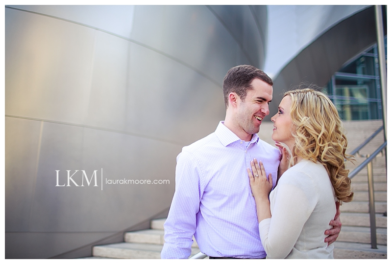Downtown-Los-Angelas-Engagement-Session-Walt-Disney-Concert-Hall-Laura-K-Moore-Photography_0019