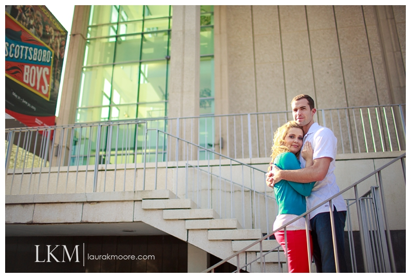 Downtown-Los-Angelas-Engagement-Session-Walt-Disney-Concert-Hall-Laura-K-Moore-Photography_0046