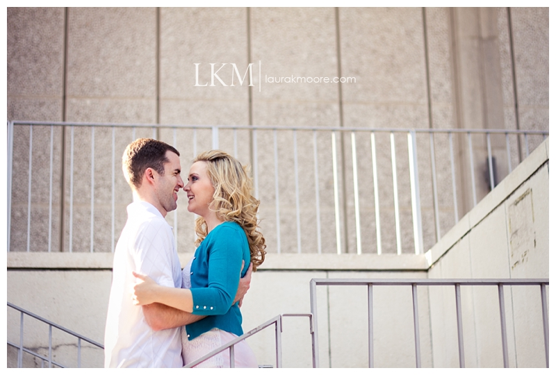 Downtown-Los-Angelas-Engagement-Session-Walt-Disney-Concert-Hall-Laura-K-Moore-Photography_0047