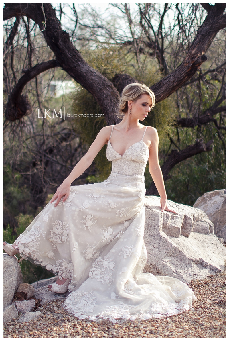 Loews-Ventana-Canyon-Tucson-Wedding-Photography-Laura-K-Moore-Bridal-Session_0010